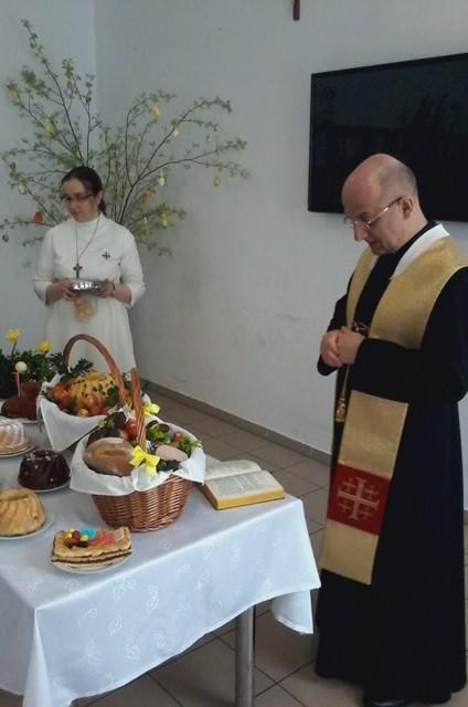 17.04.15 Wielka Sobota - Poświęcenie pokarmów 2