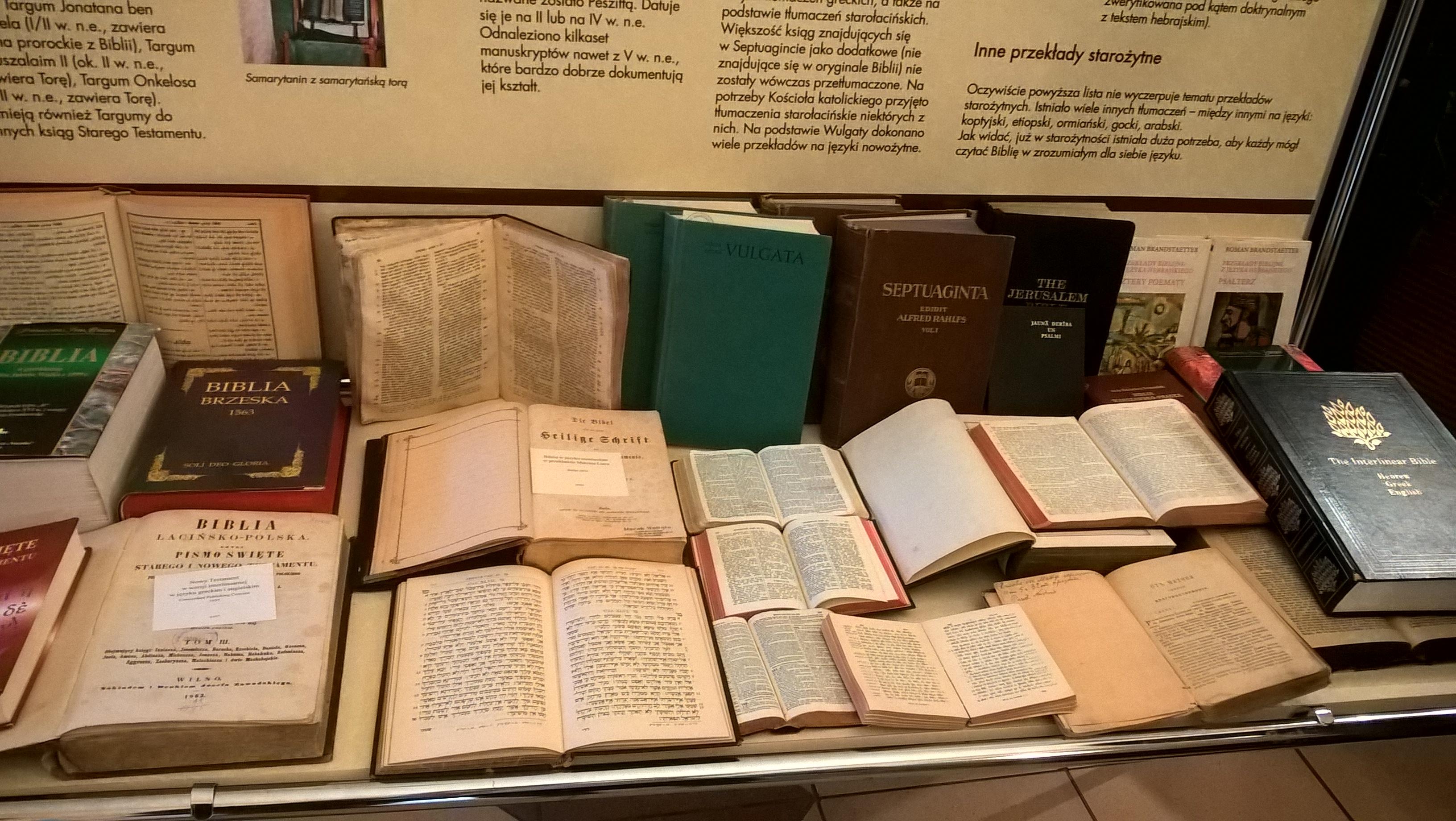 2017.10.31 - Wystawa Biblii 1