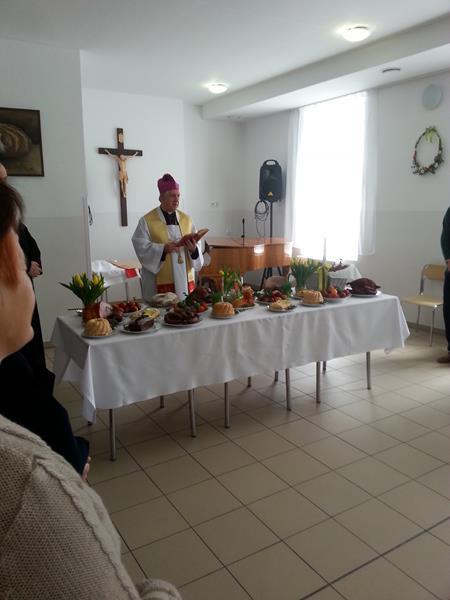 W Wielką Sobotę tradycyjnie odbyło się święcenie pokarmów.  (9)