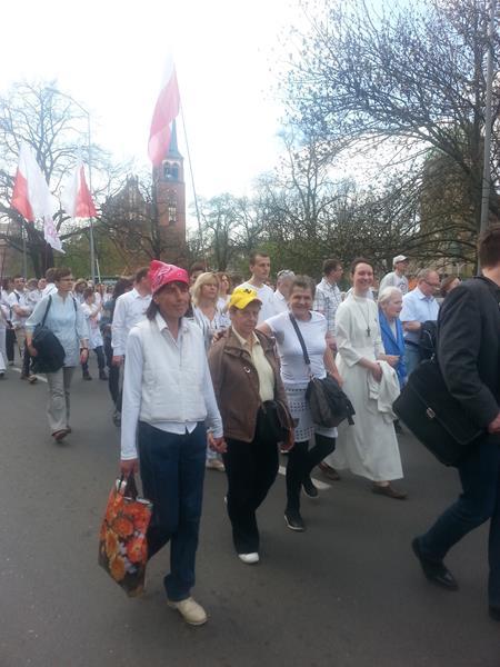 Grupa mieszkańców wzięła udział w Marszu dla Życia (11)