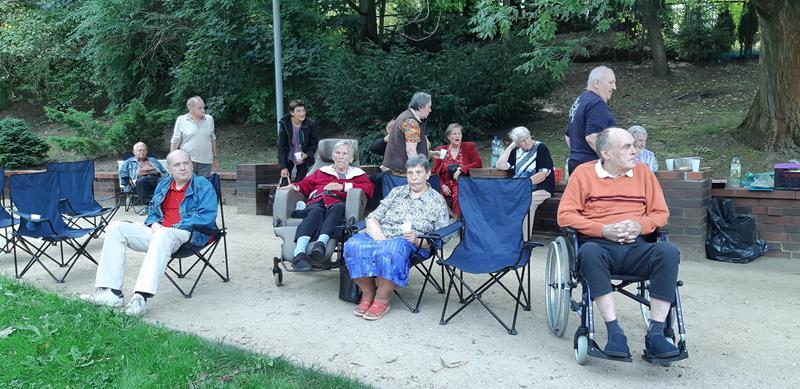 Integracyjny piknik z Mieszkańcami z DPS przy ul. Broniewskiego (41)