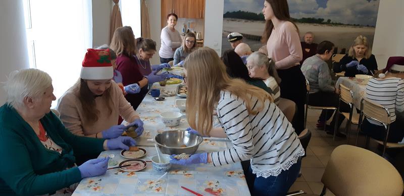 Dzień wolontariatu - wizyta młodzieży (16)