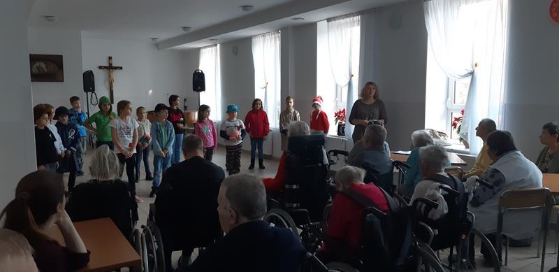 Występ dzieci z SP nr 48